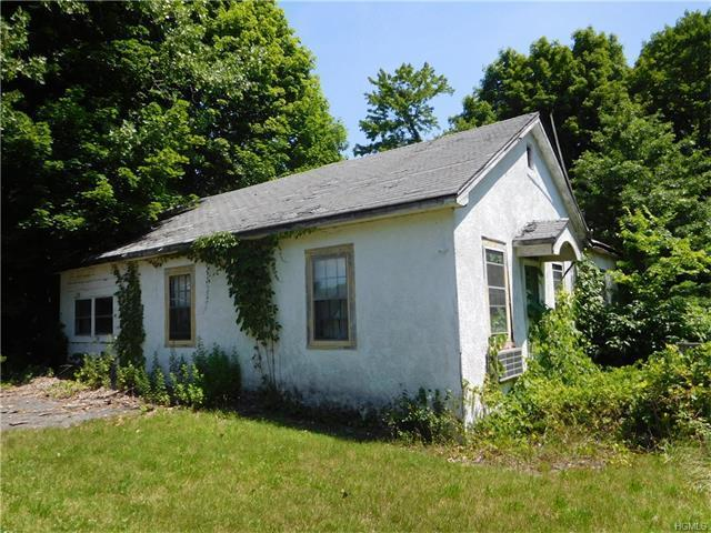 1064 State Route 32, Newburgh Town, NY 12589