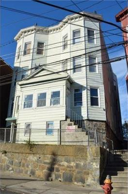 Photo of 359 Walnut Street, Yonkers, NY 10701