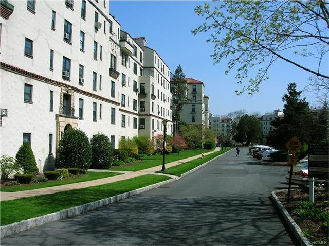 1273 North Avenue #Ent #1, 5h, New Rochelle, NY 10804
