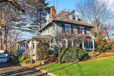 Photo of 427 Fowler Avenue, Pelham, NY 10803