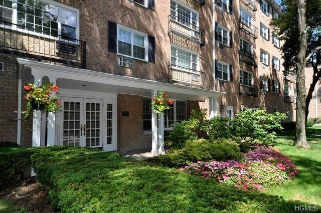 3 Consulate Drive #3d, Eastchester, NY 10707