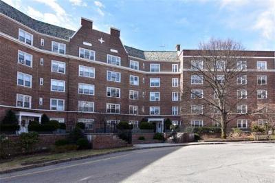 Photo of 5 Midland Gardens #3g-h, Eastchester, NY 10708