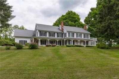 Photo of 1658 Salt Point Turnpike, Pleasant Valley, NY 12569