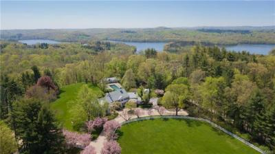 Photo of 55 Holly Branch Road, Bedford, NY 10536