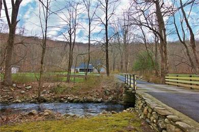 125 Canopus Hollow Road, Putnam Valley, NY 10579