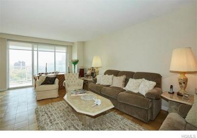 Photo of 3333 West Henry Hudson Parkway #15s, Bronx, NY 10463