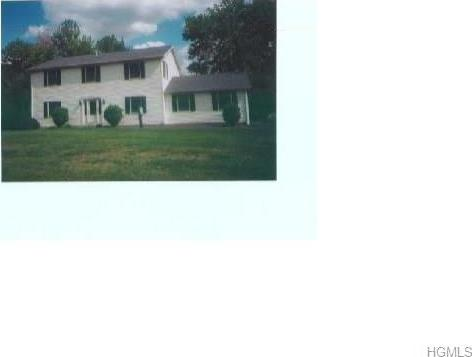 1 Schnabl Court, Wappinger, NY 12590