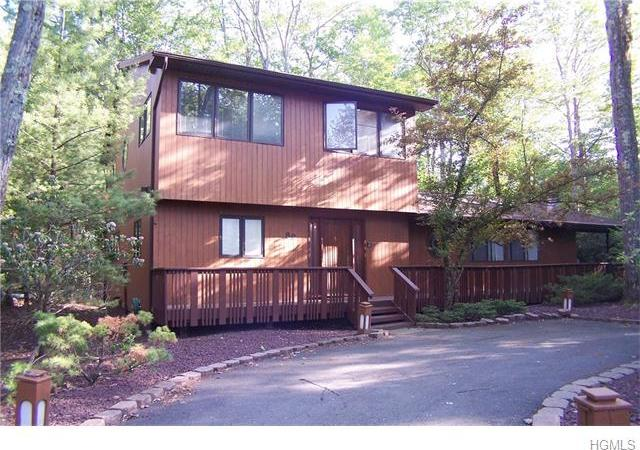 89 Scarborough Circle, Thompson, NY 12775