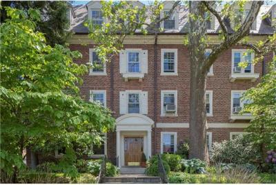 Photo of 3 Alden Place #2a, Eastchester, NY 10708