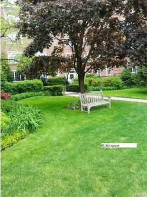 Photo of 7 Midland Gardens #1-o, Eastchester, NY 10708