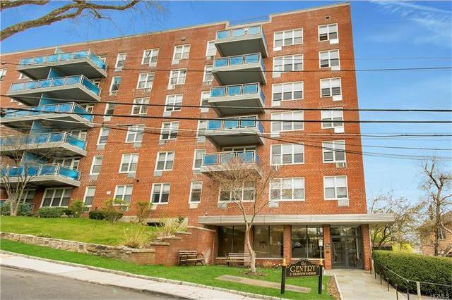 21 Fairview Avenue #220, Eastchester, NY 10707