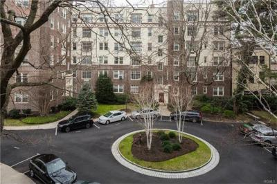 Photo of 7 Tanglewylde Avenue #2d, Eastchester, NY 10708