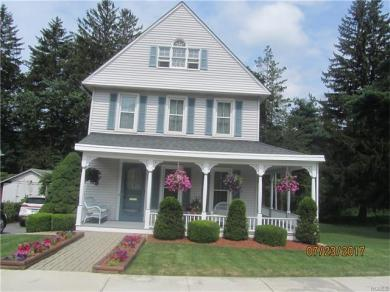 30 Commonwealth Avenue, Middletown, NY 10940