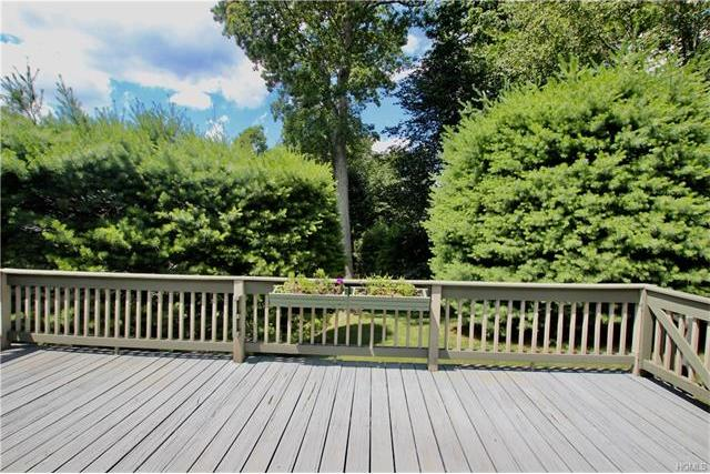476D Heritage Hills #D, Somers, NY 10589