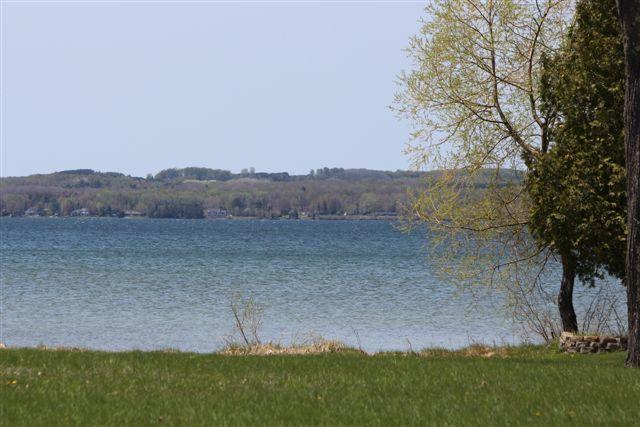 6213 Mullett Lake Woods Shore Drive, Cheboygan, MI 49721