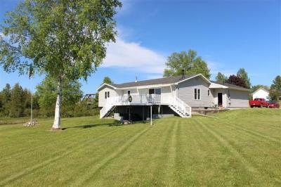 Photo of 9241 N Island View Drive, Cheboygan, MI 49721