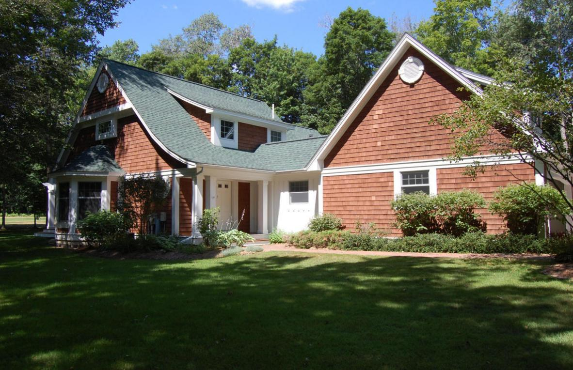 4070 Pinehurst, Harbor Springs, MI 49740