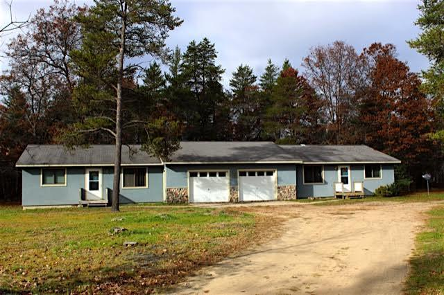 15 W Lewiston Grade Road, Grayling, MI 49738