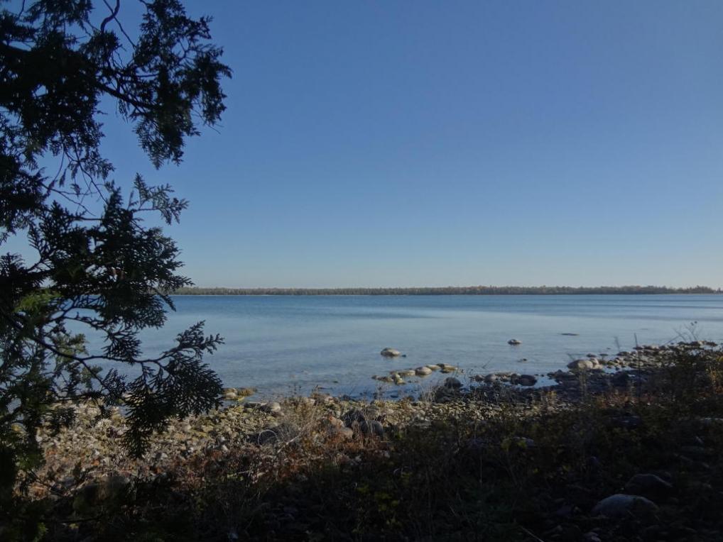 5541 Bayshore Drive, Presque Isle, MI 49777