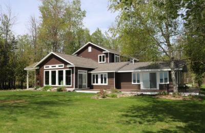 Photo of 825 Pocahontas Beach Drive, Cheboygan, MI 49721