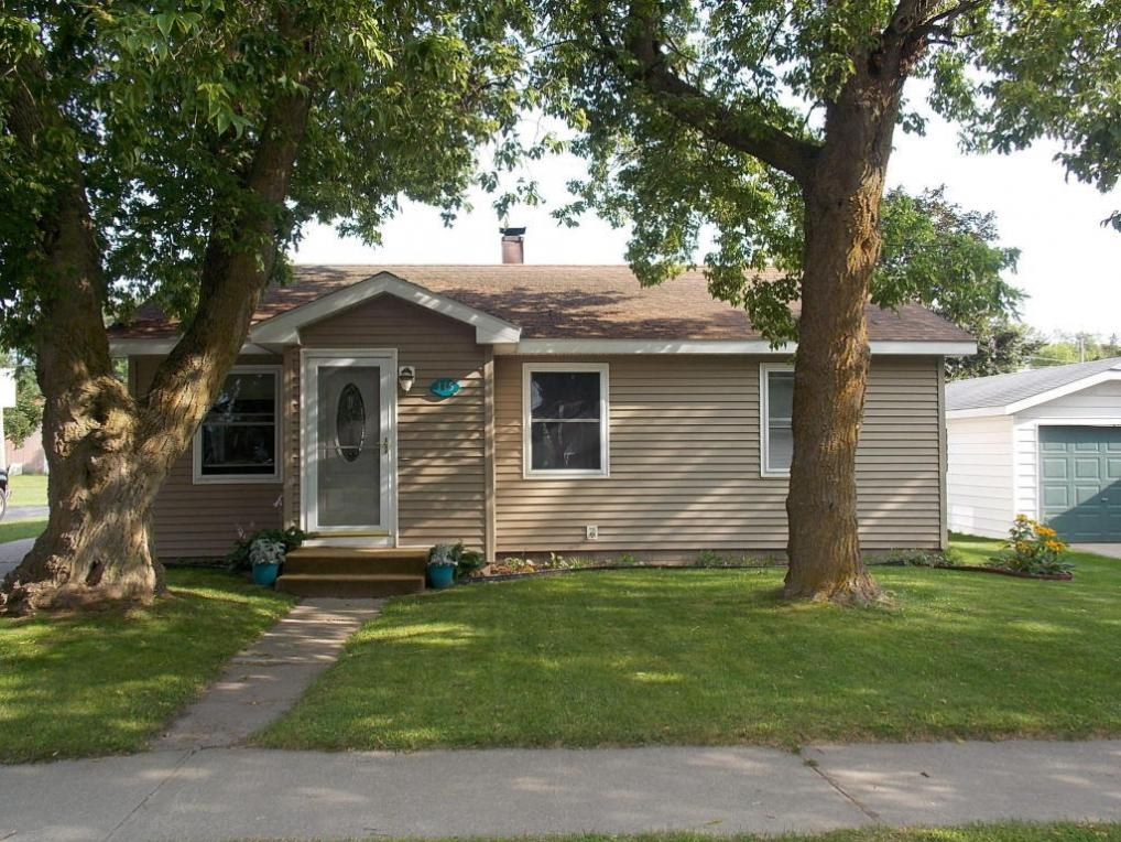 115 E Etherington Street, Mackinaw City, MI 49701