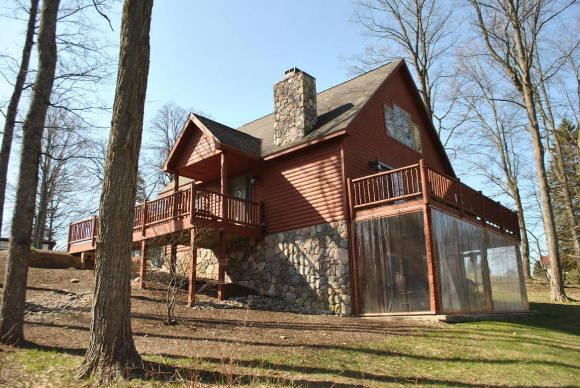 721 Woods Cabin Trail, Gaylord, MI 49735
