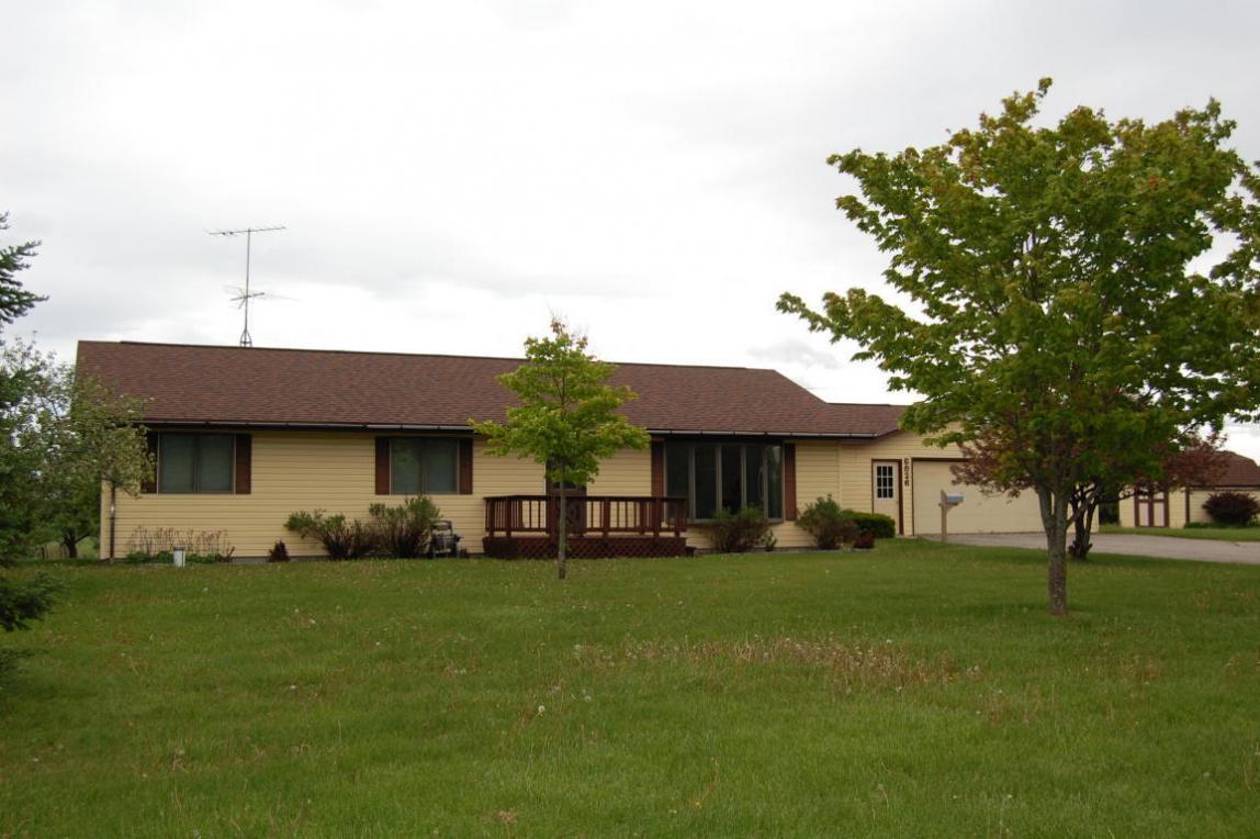 6826 Little Canada Road, Cheboygan, MI 49721
