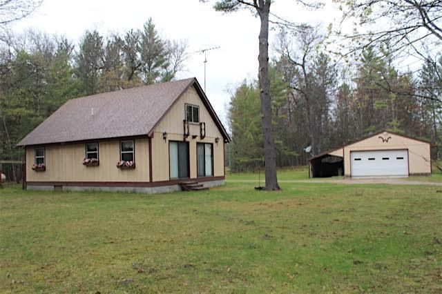 53 Wendy Lane, Grayling, MI 49738