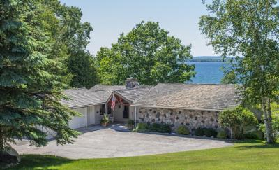 Photo of 6869 Poxson Road, Cheboygan, MI 49721