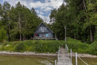 Photo of 1232 N Wahbee Avenue, Indian River, MI 49749