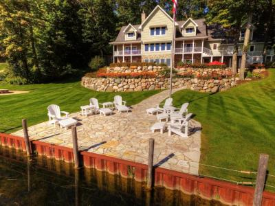 Photo of 1113 Temple Road, Indian River, MI 49749
