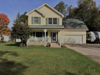 Photo of 6910 Fisher Woods Road, Indian River, MI 49749