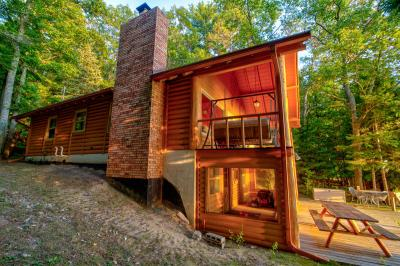 Photo of 2229 Peace Trail, Indian River, MI 49749