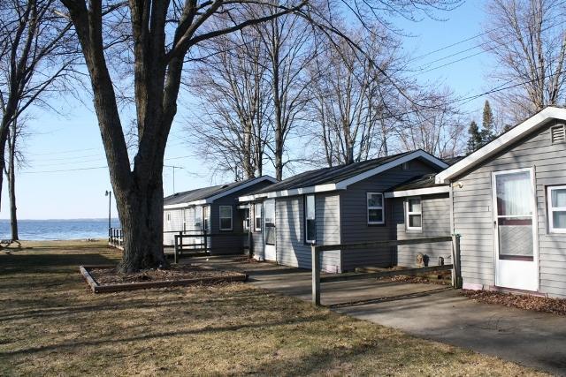 7443 E Houghton Lake Drive, Houghton Lake, MI 48629