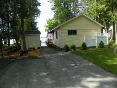 Photo of 21669 Bluffs Hwy, Onaway, MI 49765